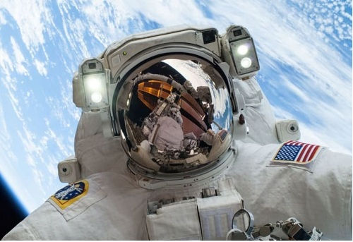 [Top 50] Space and Astronomy Pick Up Lines - Perfect for Astronauts! 1